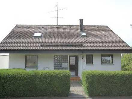 Freistehendes Einfamilienhaus mit Einliegerwohnung... Für 465 Euro Monatsrate*