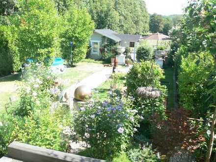 Wunderschön Wohnen im 1-2 Familien- o. Mehrgenerationen-Haus mit Blick auf Pferdewiesen