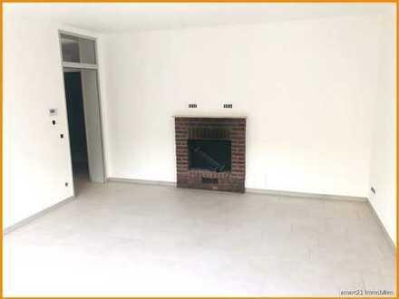 Sanierte Souterrain-Wohnung mit großem Freisitz