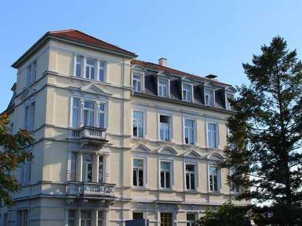 Schicke Eigentumswohnung in gepflegtem Mehrfamilienhaus!