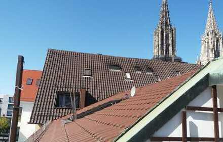 Schöne 4-Zimmer-Dachgeschosswohnung mit Balkon in der Neuen Mitte