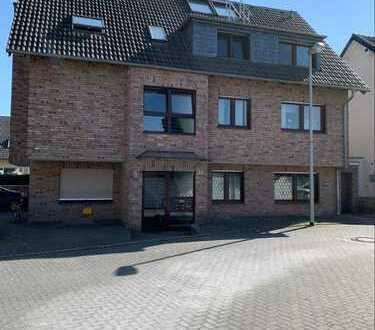 Exklusive Traumwohnung (110qm) im Erdgeschoss mit Garten & Garage in Pulheim Zentrum