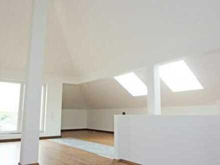 SO BUNT WIE DAS LEBEN! 5-Zimmer-Maisonettewohnung
