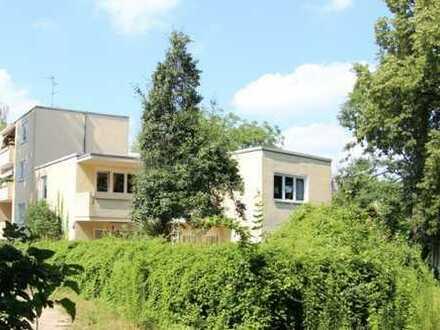 Möblierte 1-Zimmer-Wohnung mit großem Balkon in Berlin -Lichterfede-West