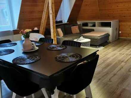 Gepflegte 3-Zimmer-Dachgeschosswohnung mit EBK in Nürnberg