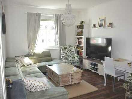 Schöne 3-Zimmer-Wohnung mit Balkon und Einbauküche