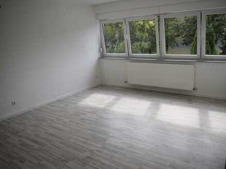 450 €, 38 m², 1 Zimmer