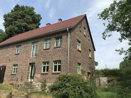 Liebevoll saniertes Dorfhaus in Königshain