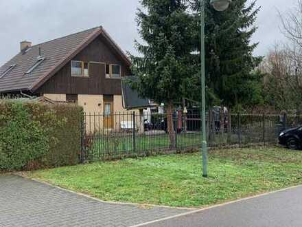 Schönes Haus mit fünf Zimmern in Barnim (Kreis), Ahrensfelde
