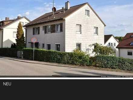 Saniertes Dreifamilienhaus in ruhiger Ortsrandlage von Ditzingen