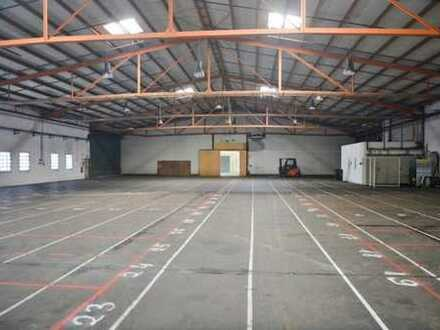 Celle: Hallenfläche mit Büro (1.168 m²) in verkehrsgünstiger Lage zu vermieten