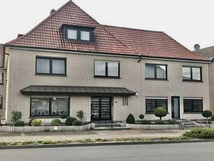 300 m², 10 Zimmer, 1500,00 Euro ohne Nebenkosten