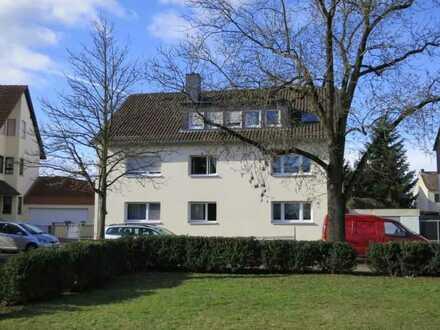 Schöne Dachgeschosswohnung mit Balkon in Mühlheim - Dietesheim