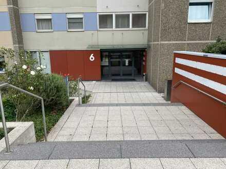 Provisionsfreie 4-Zimmer Wohnung mit EBK und Balkon