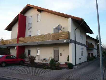1 Zimmer, Küche, Bad, Terrasse und Kfz-Stellplatz