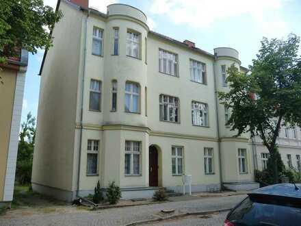 Frisch renovierte große 3-R-Wohnung mit Balkon in Altstadtnähe!