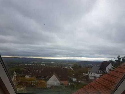 Schöne, geräumige drei Zimmer Wohnung in Rheingau-Taunus-Kreis, Rüdesheim am Rhein