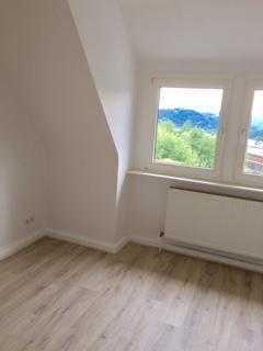 WG 3Zi. Wohnung in Remscheid- Hasten, TOP Renoviert!