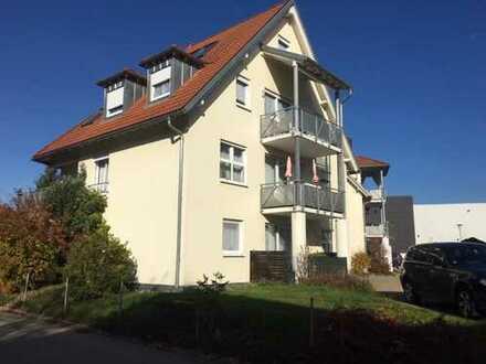 Stilvolle, gepflegte 2-Zimmer-Wohnung mit Balkon und Einbauküche in Wangen im Allgäu