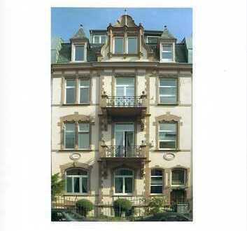 Büro- oder Praxisräume in wunderschönen Altbau nähe Holzhausenpark