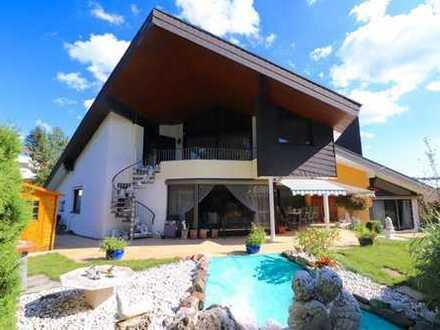 Exklusive Villa mit zwei Einliegerwohnungen in bester Nachbarschaft