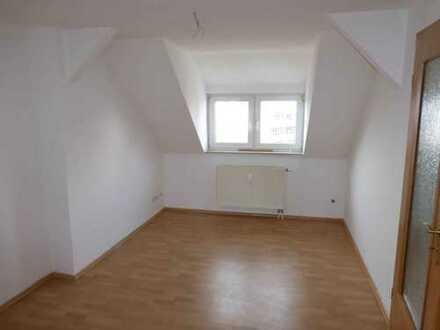 Preiswerte DG 2-Raumwohnung in Hoh.- Ernstthal, Breite Strasse