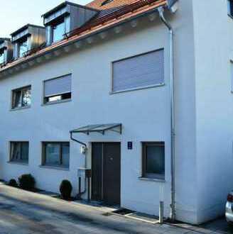 Niederscheyern! Wohnung über 4 Etagen (Haus in Haus) mit FBH, elektr. Rollläden und Außenstellplatz!
