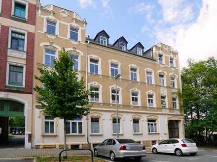 !! Erstbezug !! Exklusive 4 Raum-Whg. mit 2 Bädern und großem Balkon im Lutherviertel