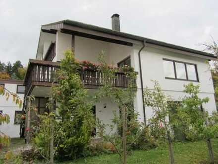 Sonnige 3 - Zimmer-Wohnung am Waldrand