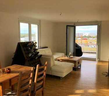 Schöne, geräumige zwei Zimmer Wohnung in Böblingen (Kreis), Böblingen