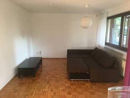 Schöne, helle 3-Zimmer EG-Wohnung mit Terrasse in ruhiger Wohngegend