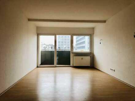 MA-City - helle 4 ZKB/Balkon-Wohnung mit Einbauküche