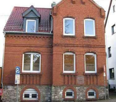 Neu renovierte Praxis- oder Büroräume in zentraler Lage in Niedernhausen