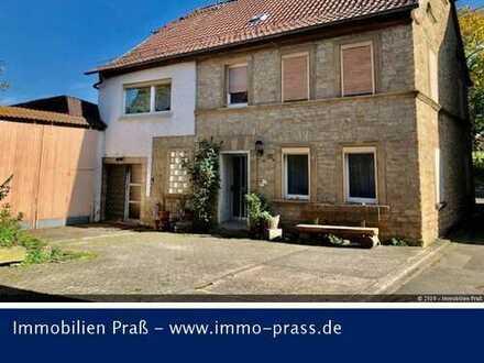 TOP-GELEGENHEIT! Ehemaliges Bauernhaus mit Nebengebäude und großem Gartengrundstück mit Bachlauf