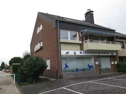 Weilerswist: 3 Zimmer, Küche, Bad, Gäste WC, Balkon, Keller, Garten.