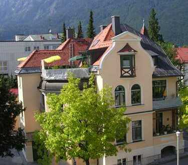 Gepflegte 4-Zimmer-Wohnung mit Balkon und EBK in Bad Reichenhall