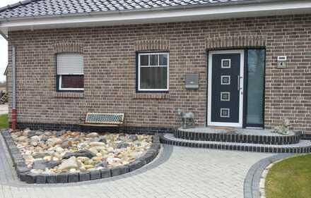 Schönes, geräumiges Haus mit fünf Zimmern in Aurich (Kreis), m. Möglichkeit zur Pferdehaltung