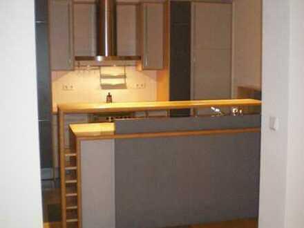 Gepflegte 4-Zimmer-Wohnung mit Terrasse und EBK in Enkenbach-Alsenborn