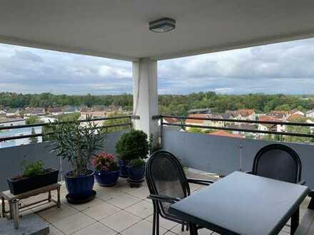 3,5 -Zimmer Wohnung * Dachterrasse, Grundsanierung & barrierefrei