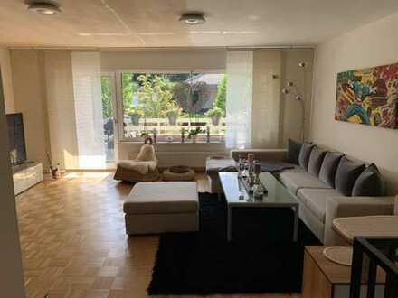 Wohnen in begehrter Wohnlage von Dinslaken - exklusive Maisonette-Wohnung mit Loggia von privat