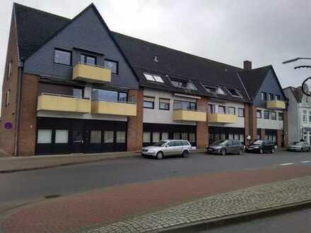 Gewerbefläche:Büros mit Verkaufflächen & Lager, Onlinehandel,Parkplätze vorh., gegenüber ZOB-Bahnhof