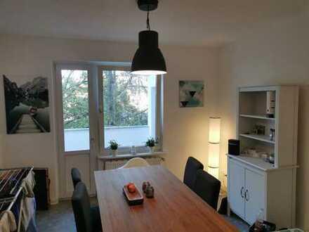 Top Kapitalanlage - Kernsanierte 3 Zimmer Wohnung in Düsseldorfer Spitzenlage