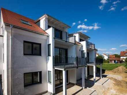 Schöne Erdgeschosswohnung mit Terrasse/ Garten in Vierkirchen (3 Zi)