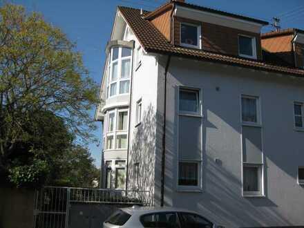 Sehr schöne 4-Zimmer-Wohnung in ruhiger Lage in Karlsruhe-Rüppurr