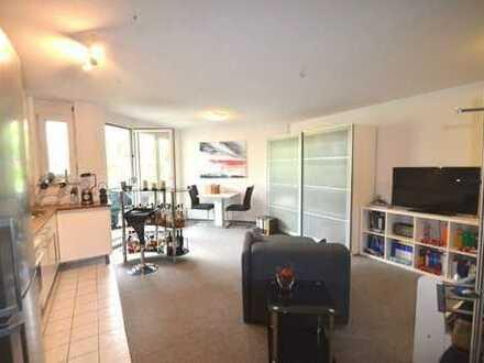 Schöne 1-Zimmer Wohnung mit Balkon im Herzen von Leonberg