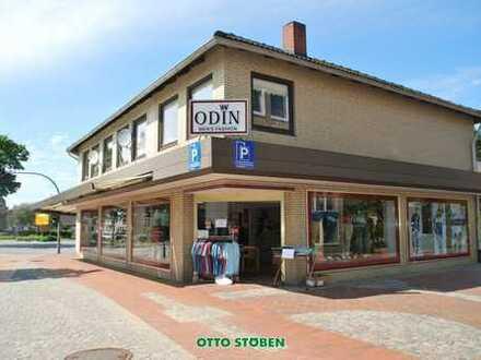 OTTO STÖBEN! Elegantes Ladengeschäft mit 2 Wohnungen in 1-A Lage von Leck in Nordfriesland!