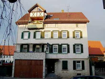 3 Wohnungen, eine Scheune, renovierungsbedürftig, in Rottenburg-Baisingen