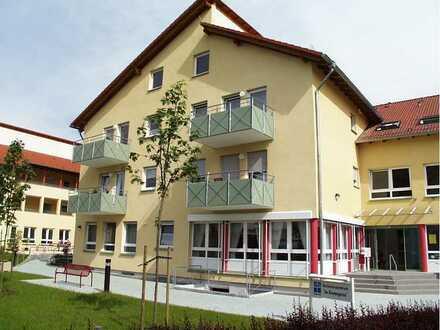 Seniorenzentrum 3-Zimmer-Wohnung mit Balkon und Einbauküche in Walzbachtal