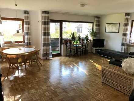 RESERVIERT! Exklusive, gepflegte 3-Zimmer-EG-Wohnung mit Balkon und EBK in Bad Tölz
