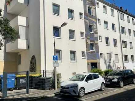 Moderne, helle und sehr ruhige 3 Zimmer Wohnung auf 68 m² in N-St. Johannis mit Böden neu uvm.!